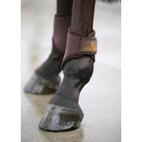 Kentucky turnout boots hind