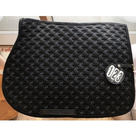 Dyon saddle pad+number